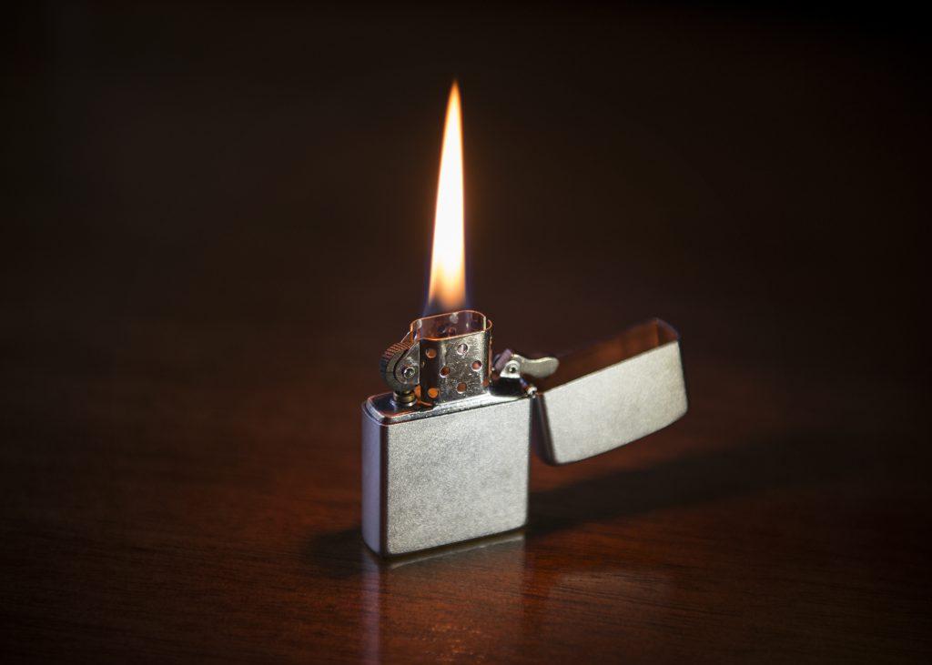 Soft flame lighter
